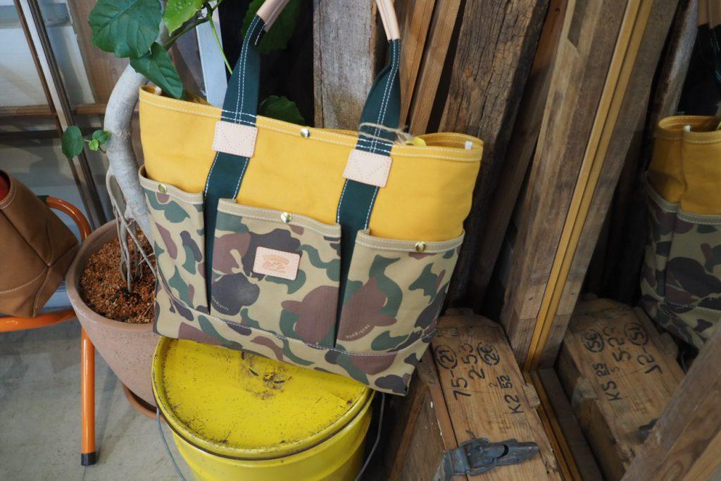 ハンターカモの帆布トートバック