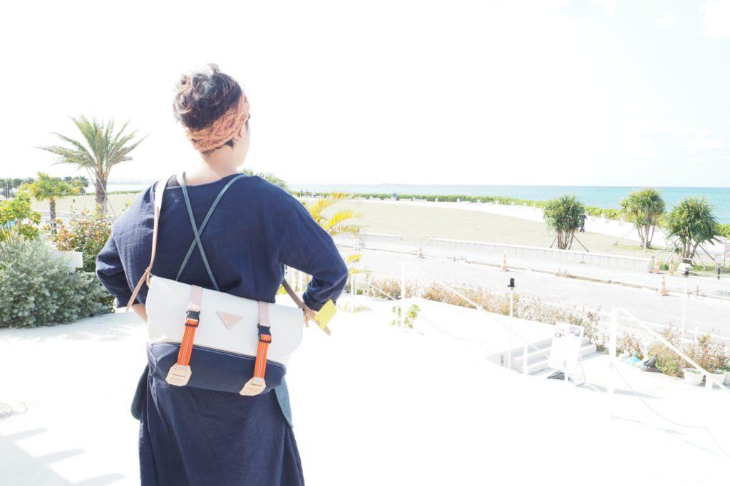 teshigotoの帆布メッセンジャーバック